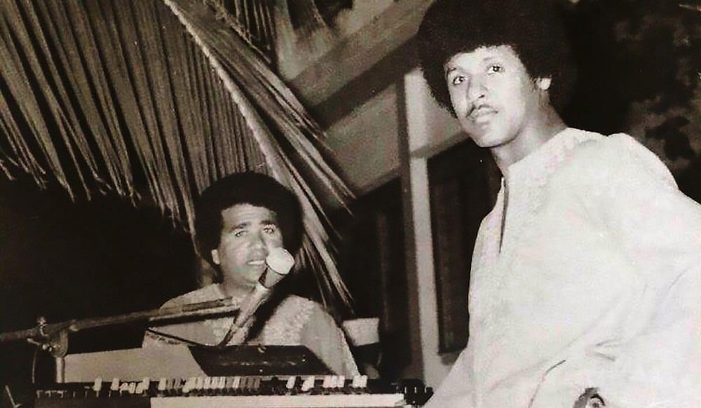 Jerry & Axmed Naaji (L) (Mogadishu, 1970s photo courtesy of Mahmud Adallah Jerry Hussen)-kopi2